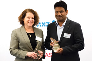 Best Corporate and Social Responsibility Initiative, Winner – Deborah Mur, Citi and Bikash Mukherjee, Amway India Enterprises
