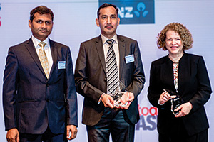 Judges' Choice, Overall Winner – Shailendra Kumar, Harish Kumar, Amway India Enterprises and Deborah Mur, Citi.