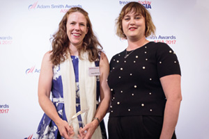Best Cash Flow Forecasting Solution, Overall Winner – Morgan McKenney, Citi, collects the award on behalf of InterGlobe Aviation Limited, with Sophie Jackson.