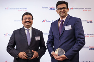Best AR Solution, Highly Commended Winner – Ashutosh Kumar, Standard Chartered and Chintan Parikh, Vodafone Mobile Services Ltd.