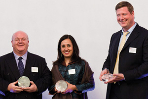 Global Liquidity Management, Highly Commended – Robin Terry, HSBC, Swati Mitra, Citi and Martin Runow, Deutsche Bank accepting on behalf of Emirates.